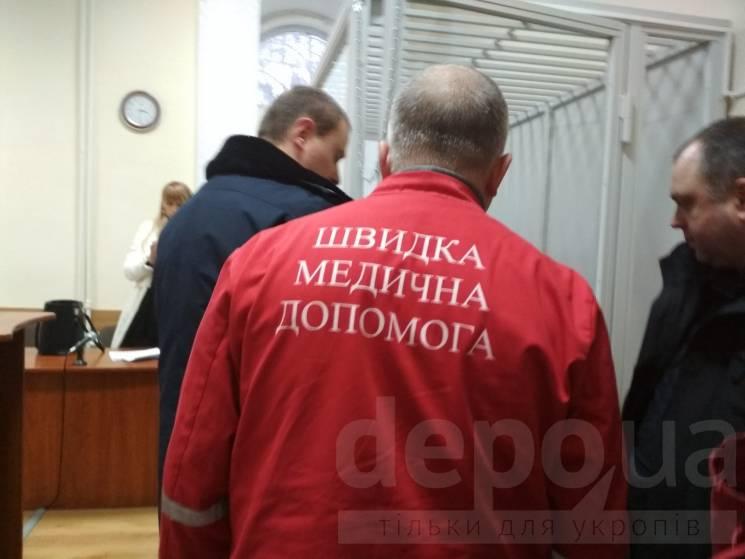 Вінницькому адвокату, якого підозрюють в отриманні $15 тис. хабара, обрали міру запобіжного заходу