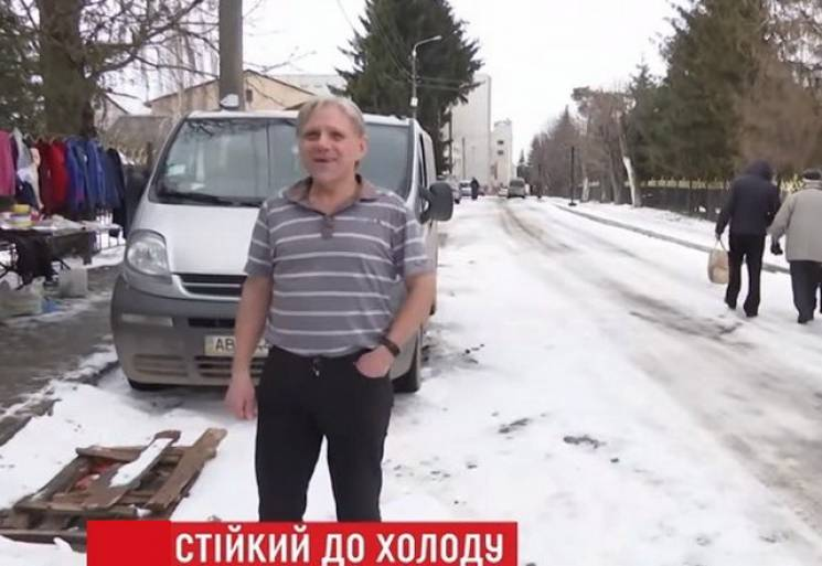 На Виннитчине живет морозостойкий мужчина (ВИДЕО)