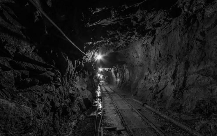 У Покровську стався вибух метану на шахті, постраждали вісім гірників