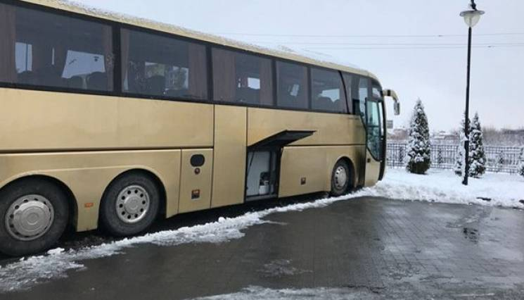 Російська попса без гігієни: Кого і як везуть автобуси з України до Польщі