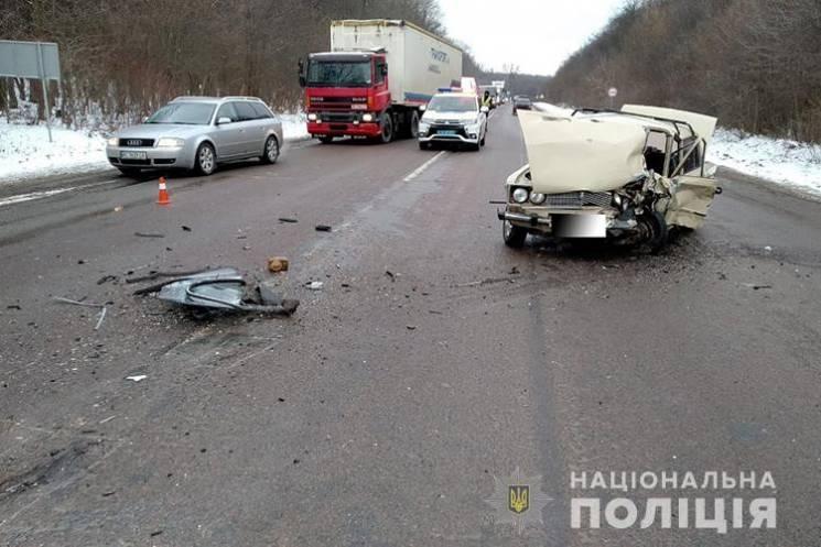 В ДТП на Тернопільщині загинув водій (ФОТО)