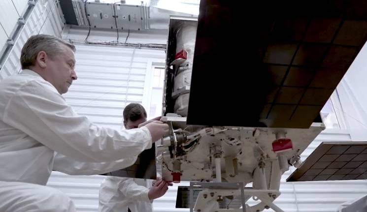 У Дніпрі з'явився надсучасний цех для виробництва супутників (ВІДЕО)