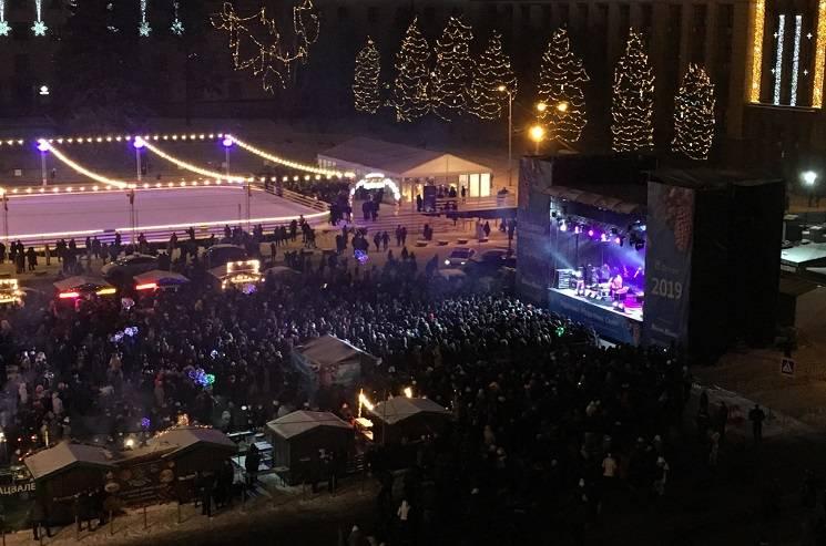 Як на центральній площі Дніпра святкували Різдво (ФОТО)