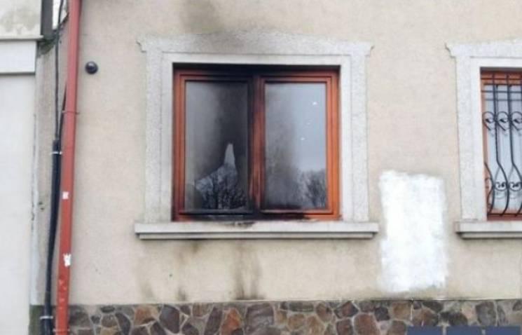 У Польщі судять екстремістів, які підпалили офіс спілки угорців в Ужгороді