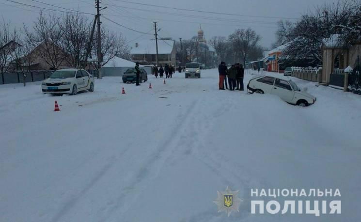 На Буковині унаслідок ДТП автіка збила пішохода (ФОТО)