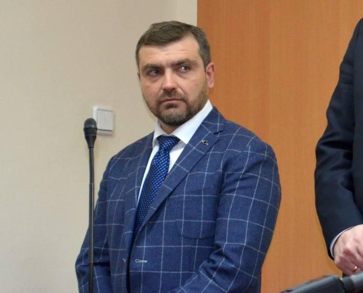 Колишнього керівника Миколаївського аеропорту засудили за хабар