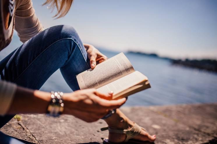 Для мозку та емпатії: Як встигати більше читати