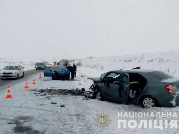 У жахливій ДТП на Полтавщині загинули двоє людей, ще двоє - у лікарні (ФОТО)