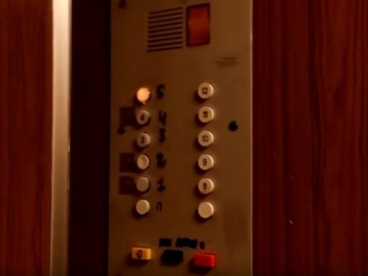 Сумчан просять перевіряти ліфти у власних під'їздах