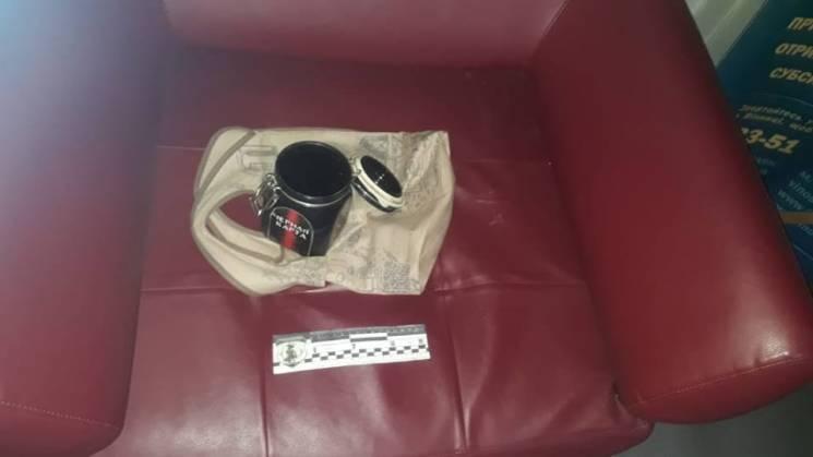 Банка з-під кави наробила переполоху в мерії Вінниці