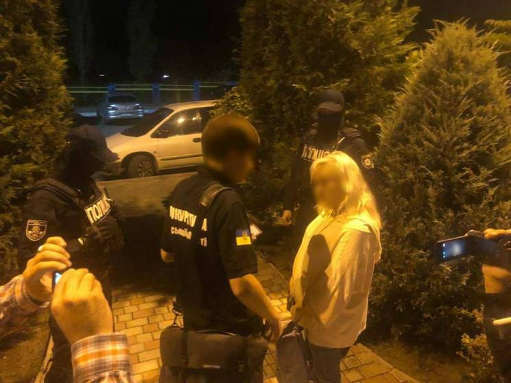 На Одещині судитимуть працівницю митниці, яка попалася на хабарі