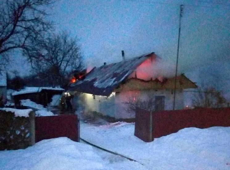 На Полтавщині рятувальники ліквідували пожежу в житловому будинку