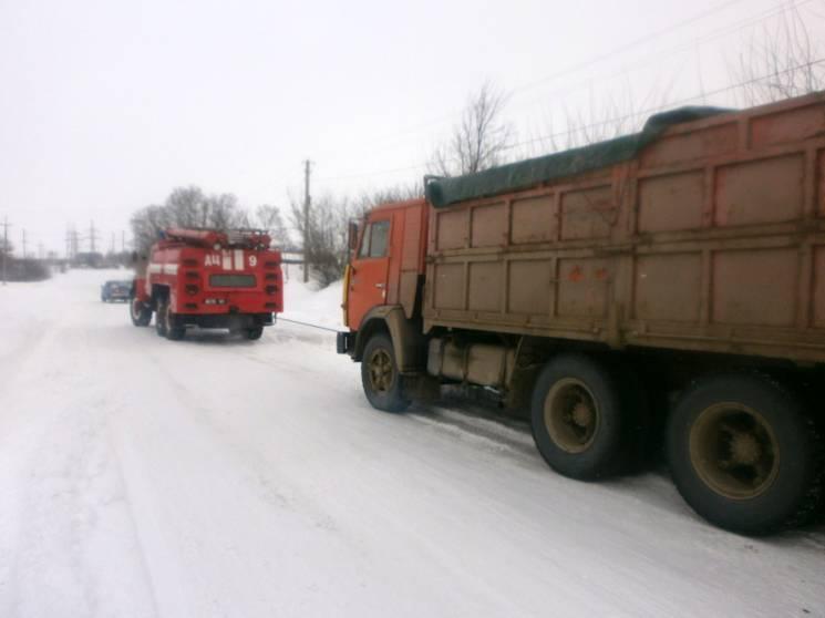 На Полтавщині триває ліквідація наслідків снігопадів (ФОТО)