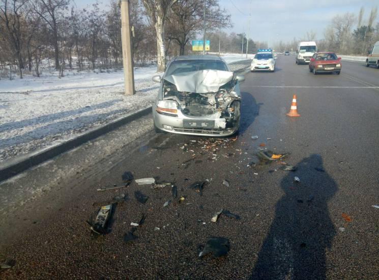У Запоріжжі на Хортиці зіткнулися дві автівки (ФОТО)
