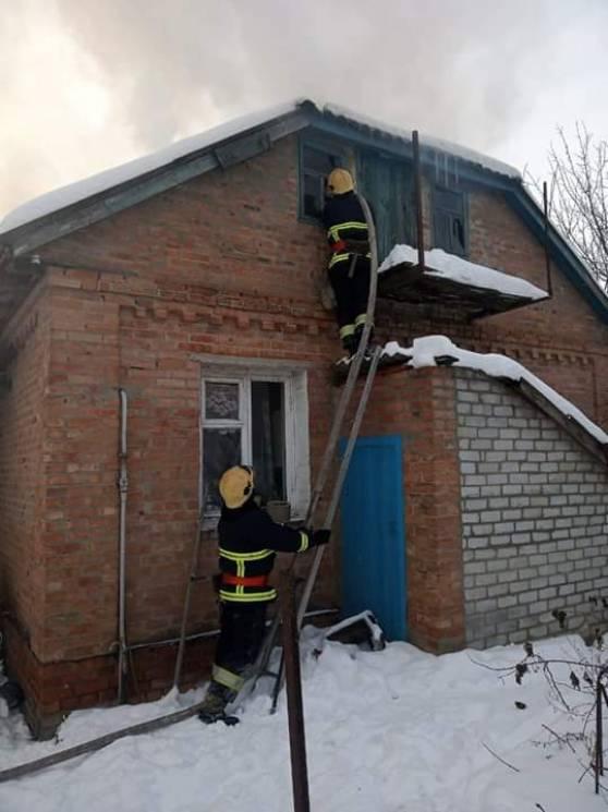 На Полтавщині спалахнув житловий будинок