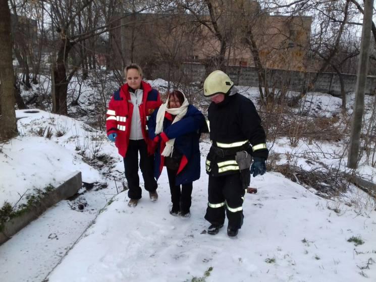 У Запоріжжі пенсіонерка впала у струмок (ФОТО)