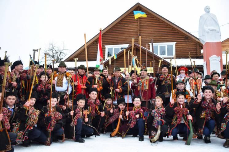 У Ясінях урочисто відзначили 100-річчя Гуцульської Республіки (ФОТО)