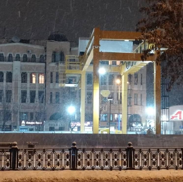 Як у Дніпрі бульвар у центрі міста перетворився на будмайданчик через метро (ФОТО)