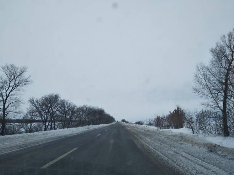На Полтавщині впродовж вихідних розчистили від снігу понад 1800 км автодоріг