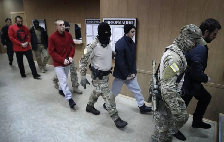 Відео дня: Суд над українськими моряками у Москві і прощання із мером Гданьська