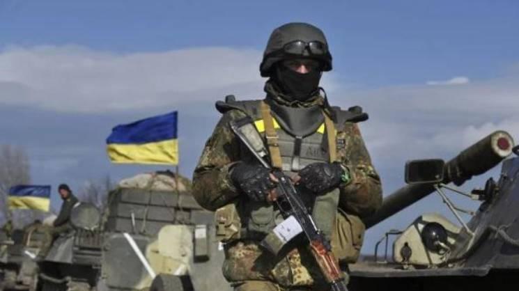 Террористы на Донбассе продолжают стрелять из минометов по украинским воинам