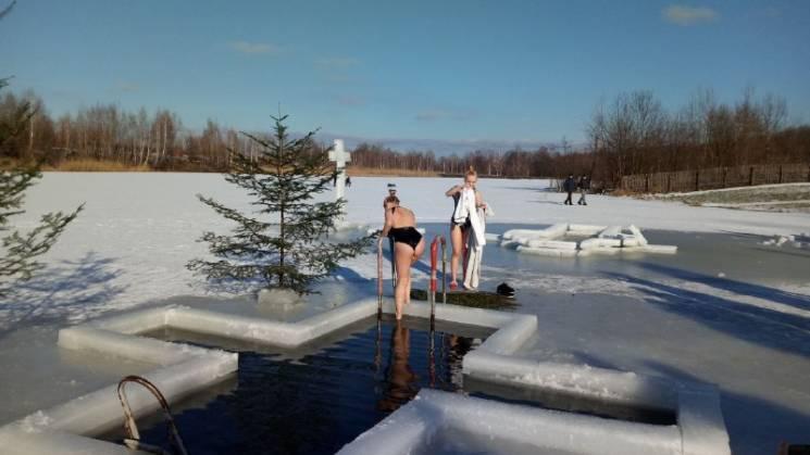 Модные купальники: На Львовщине начались…