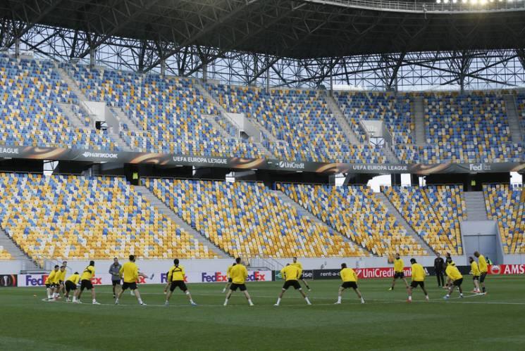 На українському стадіоні постелять найсучасніший газон – на такому ж гратимуть на ЧС у Катарі
