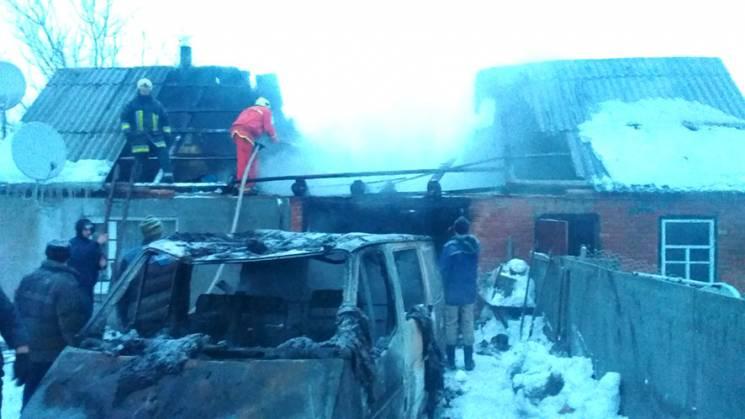 На Полтавщині пожежа знищила гараж з мік…