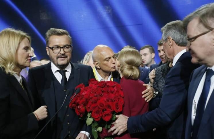 """Сім'я як технологія: Навіщо Тимошенко витягла чоловіка """"із шухляди"""""""