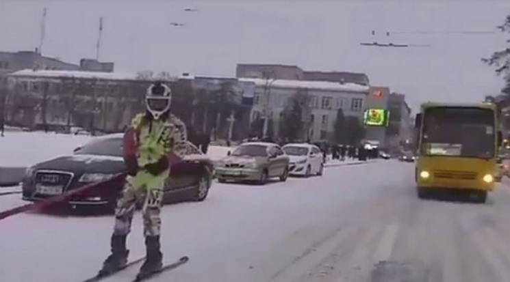 Как центр Ровно превратили в лыжный куро…