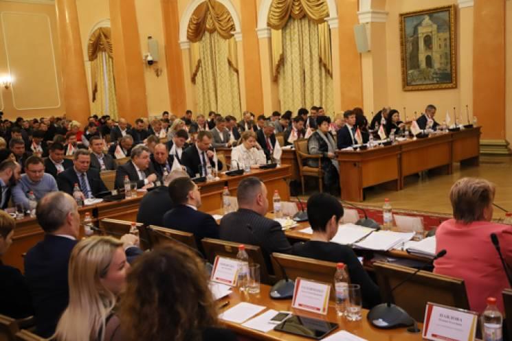Експрес-сесія: Як одеські депутати за чотири години роздали сотні мільйонів