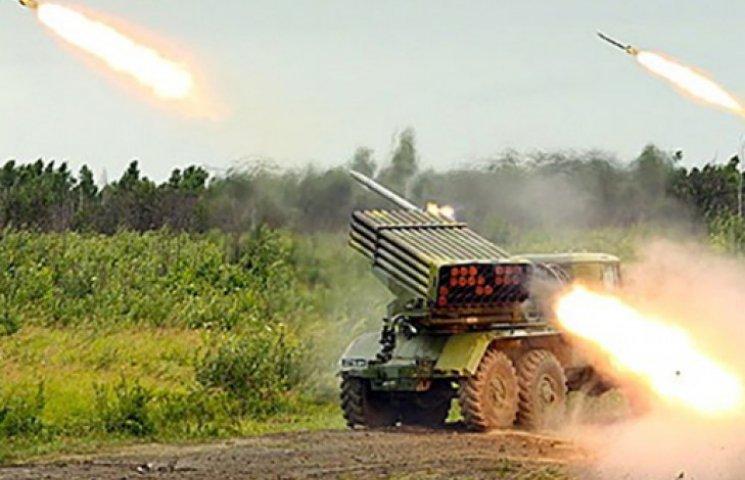 Террористы сгоняют в Славянск танки и «Грады»