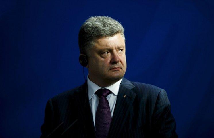 Третий Майдан угробит и Порошенко, и страну - политологи