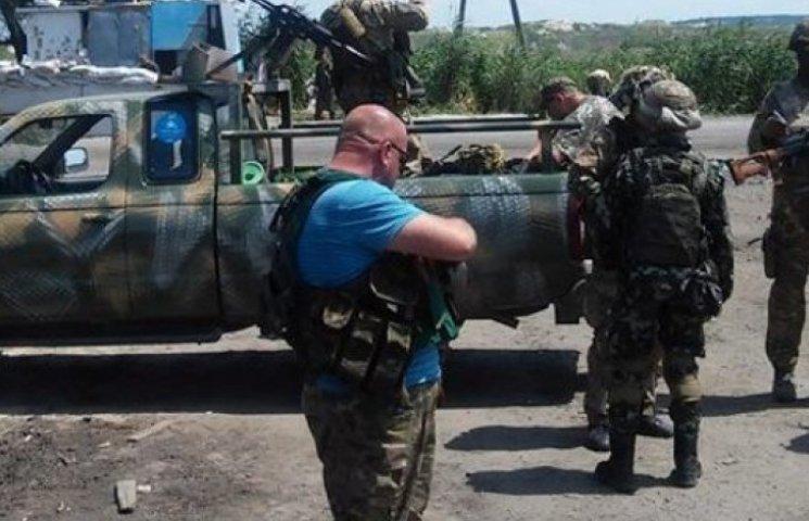 Батальон «Донбасс» пересел на «народные тачанки» под названием «Путин - х...ло»