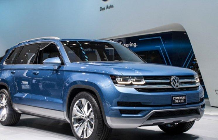 Volkswagen запустил в производство семиместный кроссовер