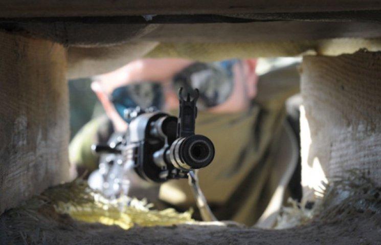 Боевики подбили самолет и три танка – российские СМИ
