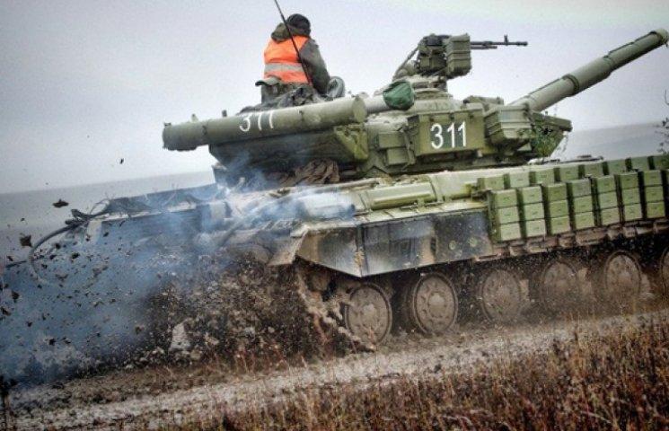 Большинство украинцев считают, что на Донбассе идет война с Россией - опрос