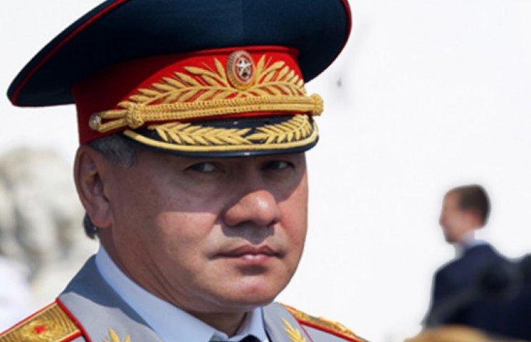 В МВД заявили, что Шойгу контролирует и вооружает террористов на Донбассе