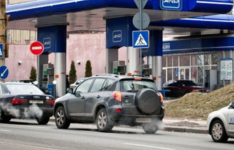 В Днепропетровске заправки Коломойского не продают топливо - СМИ