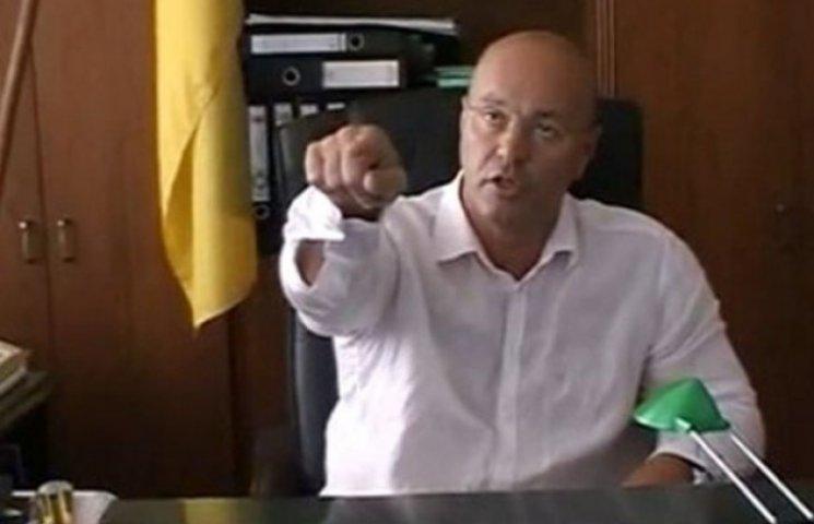 Прокуратура не може судити Ратушняка за расизм - треба писати заяву