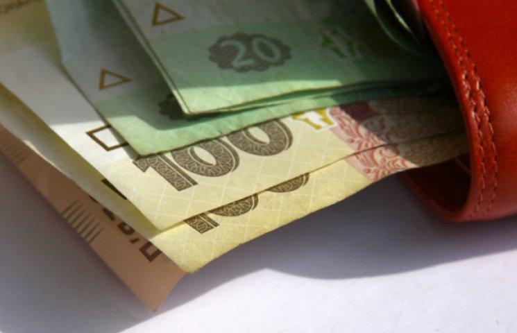 Статистика стверджує, що за місяць зарплата на Сумщині зросла майже на 20 відсотків