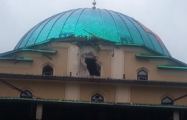 У Соборну мечеть у Донецьку знову влучив снаряд (ФОТО)