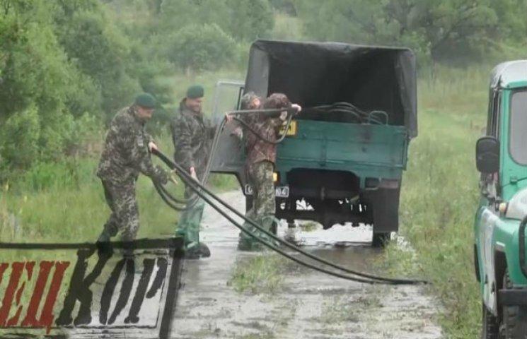 Прикордонники показали, як треба чинити з контрабандними трубопроводами (ВІДЕОФАКТ)