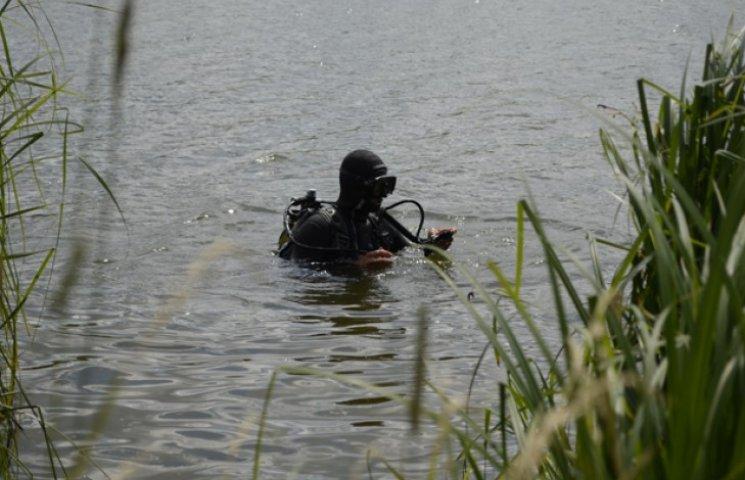 В озері Шостки шукали діжки з отрутою (ФОТОФАКТ)