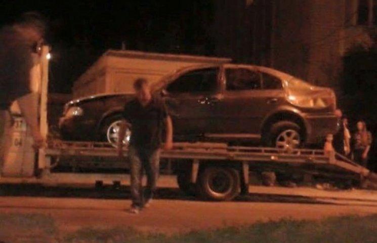 У Вінниці п'яний прокурор протаранив дитячий майданчик