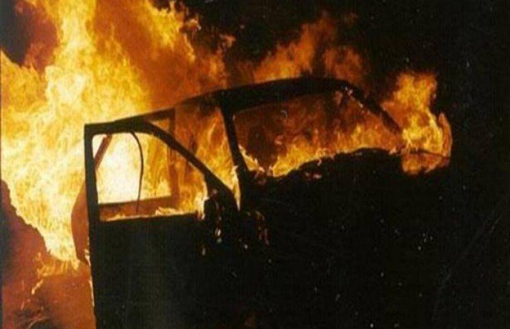 В Одесі знову горять автівки
