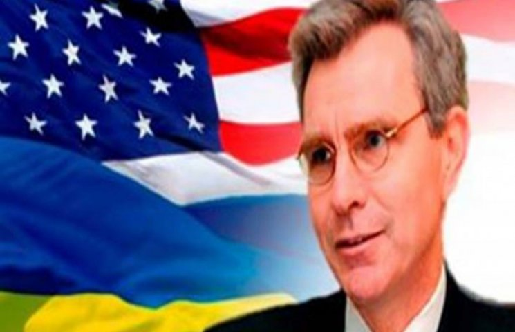 США підтримує команду Саакашвілі. Росії - шиш, чиновникам Одеси - куш