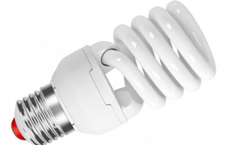В Україну припиняють постачати люмінесцентні лампи