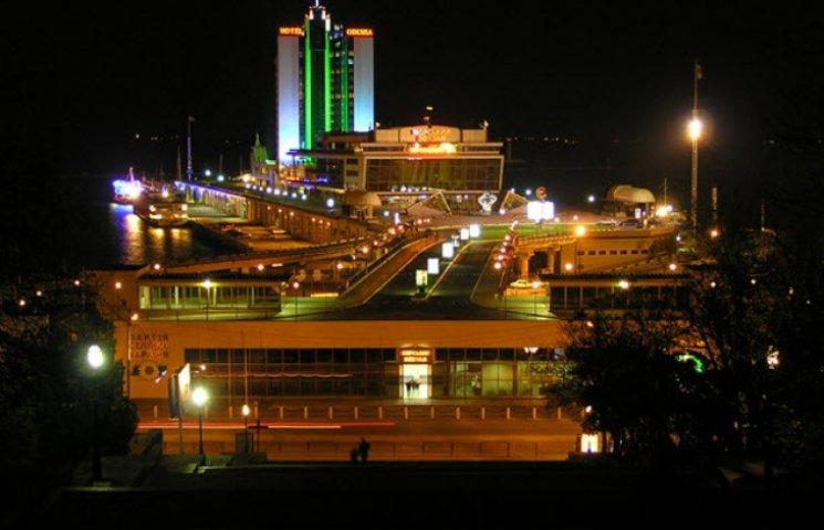 Одеситам було обіцяно освітлити нічне життя міста