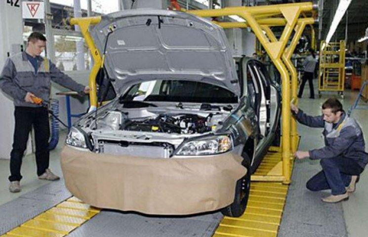 У червні ЗАЗ зібрав майже 900 машин
